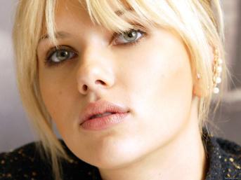 Scarlett-Johansson-scarlett-johansson-8836642-1600-1200